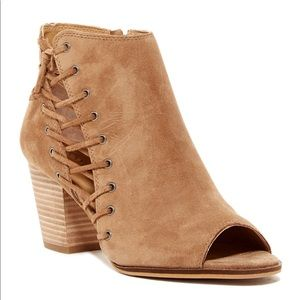 LUCKY BRAND Size 7.5 Sesame 01 Hartlee Booties